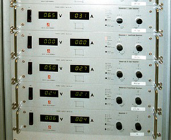 DC power supplies in rack